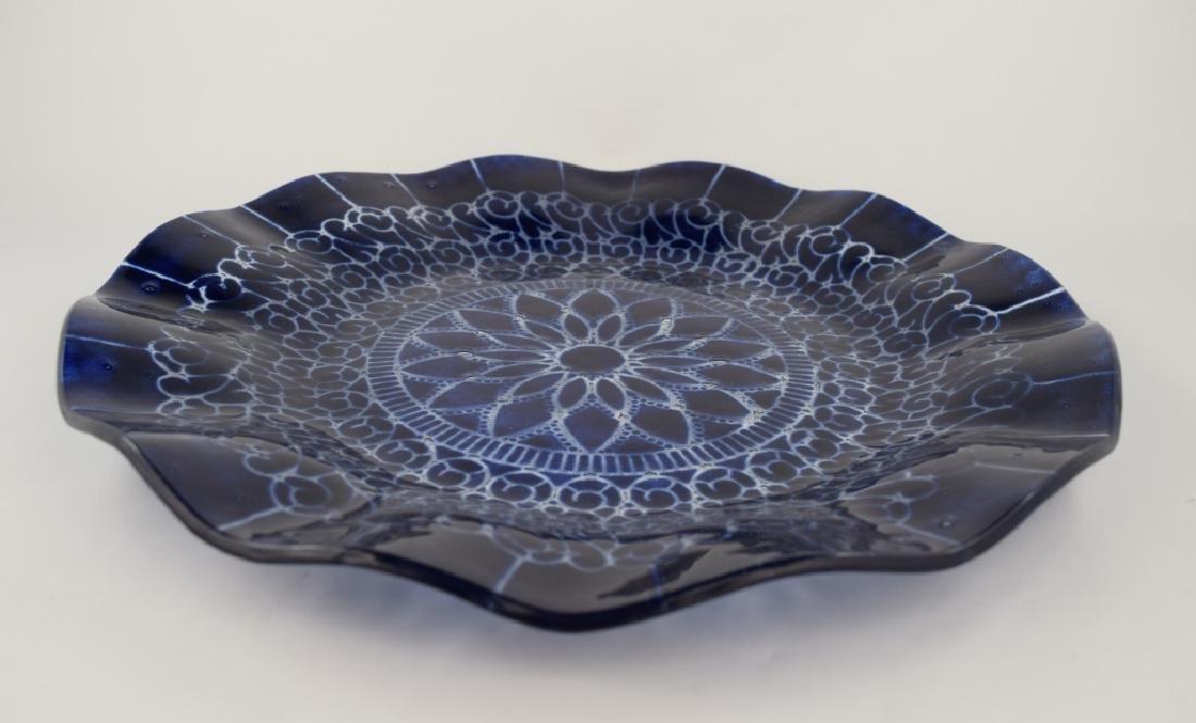 SYDENSTRICKER BLUE FLORAL ART GLASS CHARGER - 5