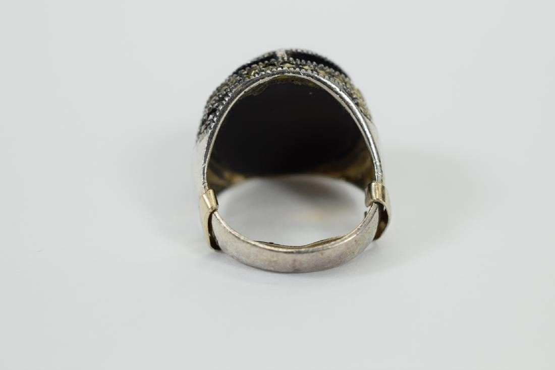 STERLING SILVER & MARCASITE DOME ONYX RING - 5