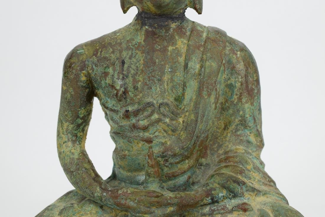 ANTIQUE BRONZE SEATED BUDDHA SCULPTURE - 3