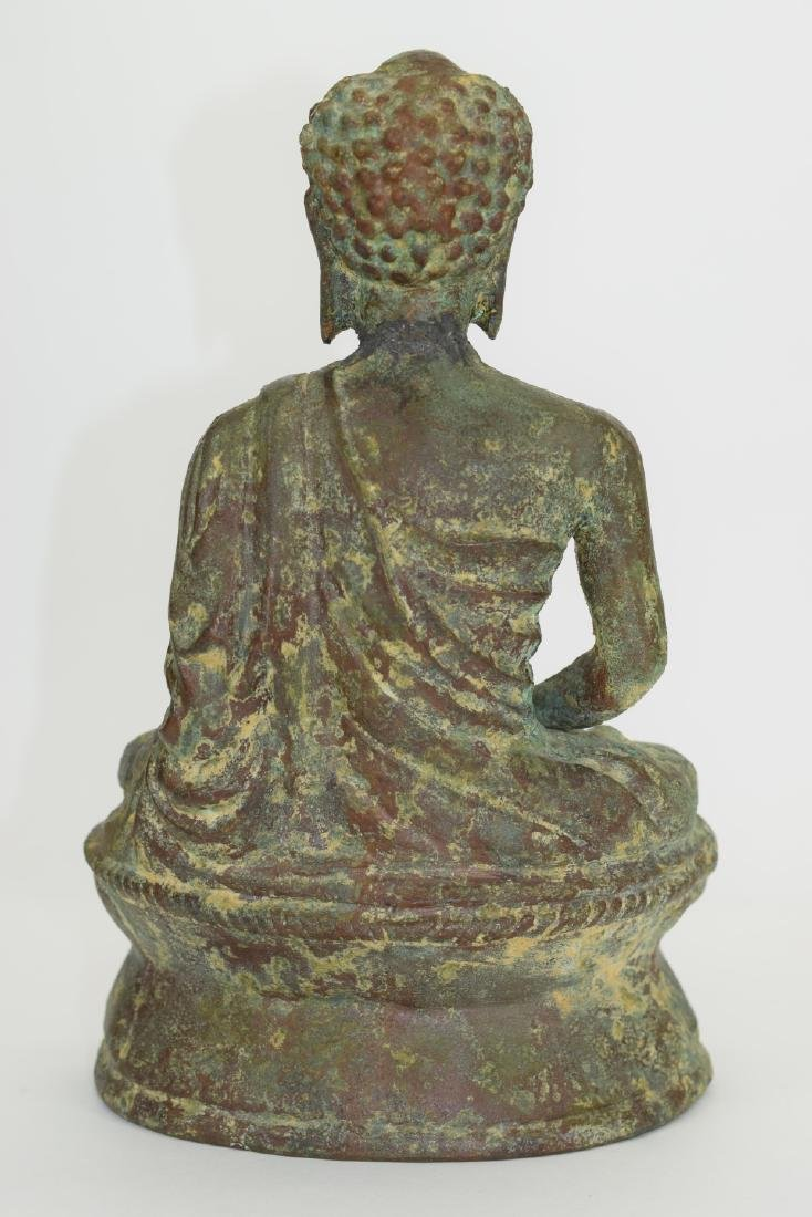 ANTIQUE BRONZE SEATED BUDDHA SCULPTURE - 9