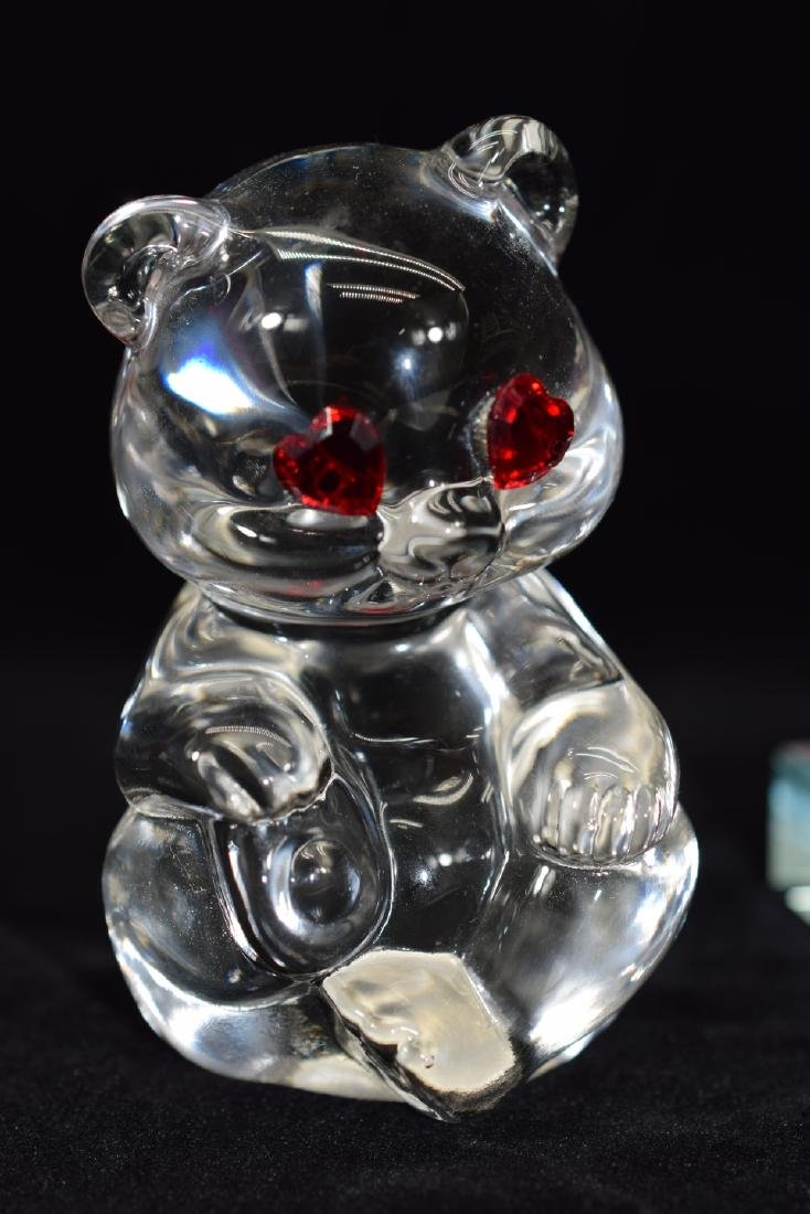 FENTON TEDDY BEAR PAPERWEIGHT & HEART PLAQUE - 2