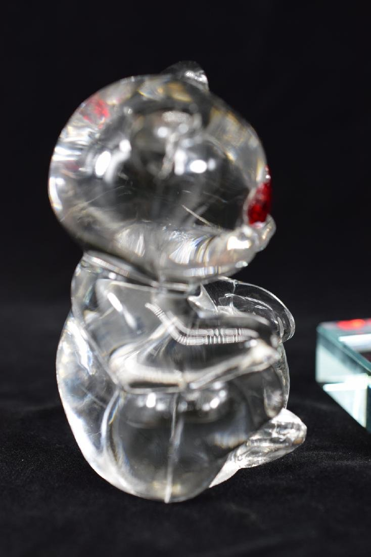 FENTON TEDDY BEAR PAPERWEIGHT & HEART PLAQUE - 3