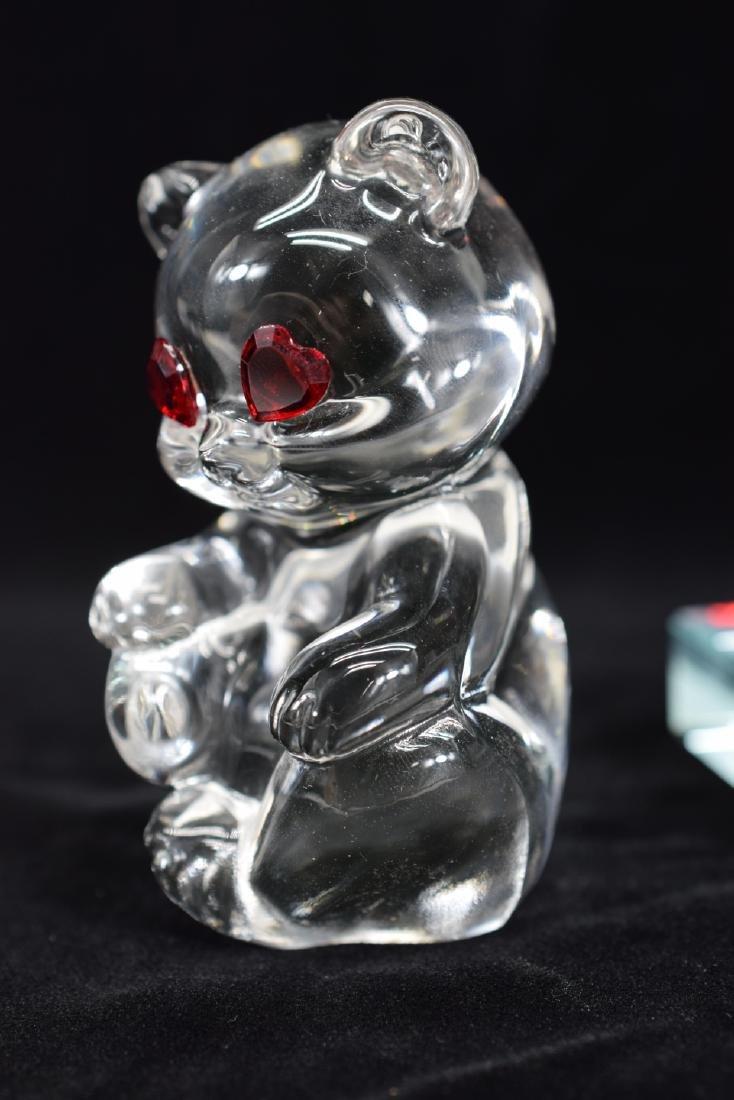 FENTON TEDDY BEAR PAPERWEIGHT & HEART PLAQUE - 5