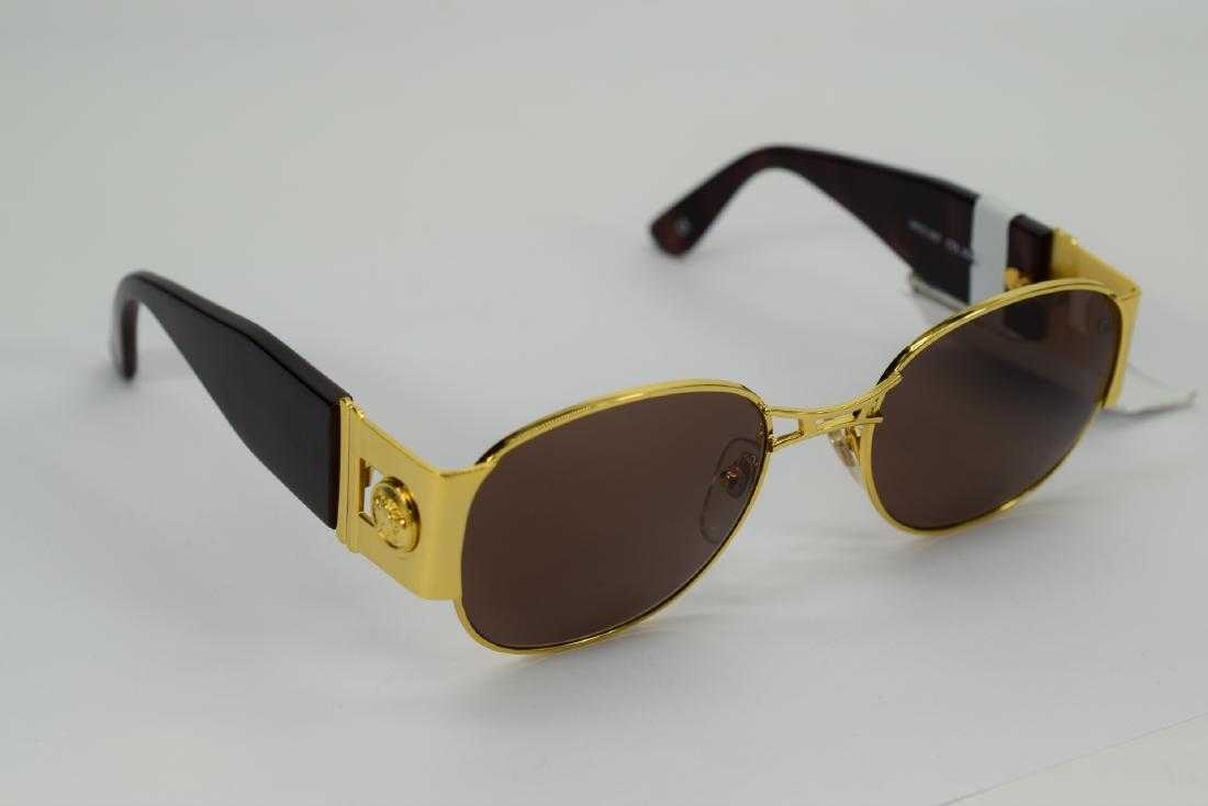 72ad74690144 VINTAGE GIANNI VERSACE GOLD BROWN SUNGLASSES