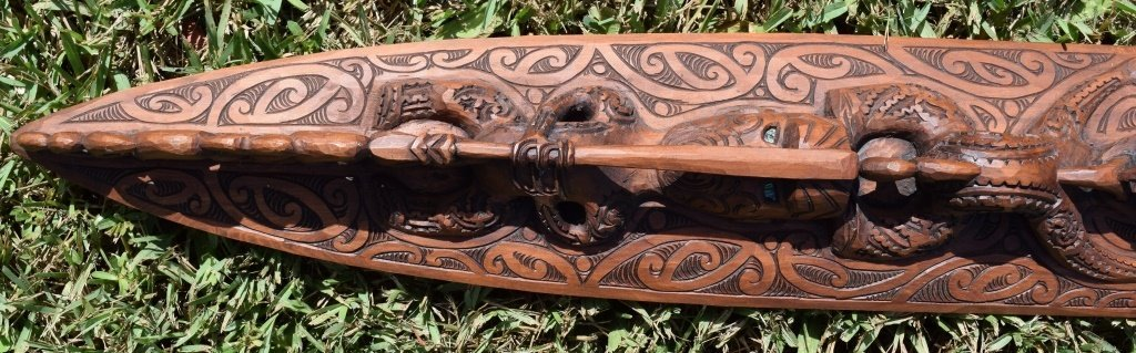 BEAUTIFULLY CARVED WOODEN PADDLE TRIBAL TIKI OAR - 5