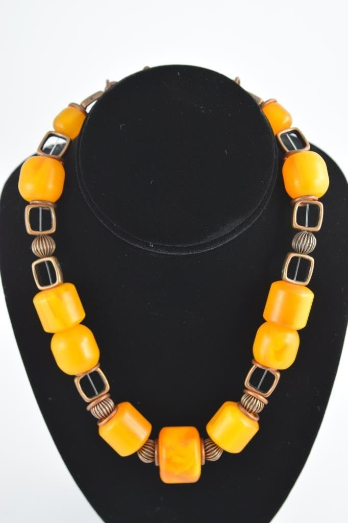 COPAL YOUNG AMBER CYLINDRICAL BEADED NECKLACE