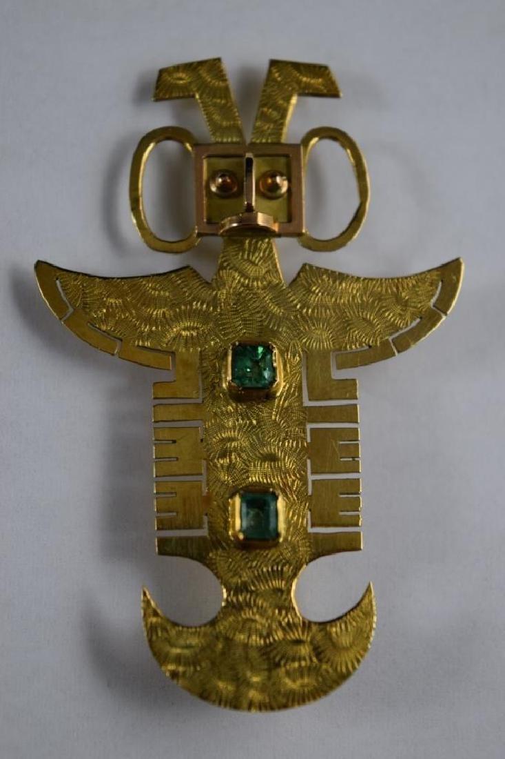 18K GOLD ANTHROPOMORPHIC PECTORAL EMERALD PENDANT - 2