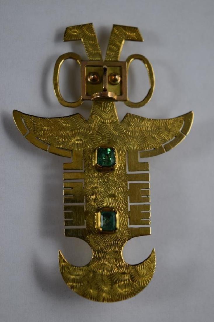 18K GOLD ANTHROPOMORPHIC PECTORAL EMERALD PENDANT - 3