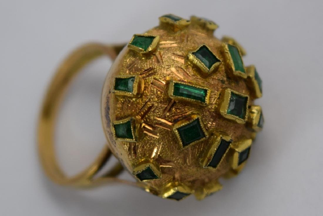 18K GOLD EMERALD BULBOUS EMERALD COCKTAIL RING - 4