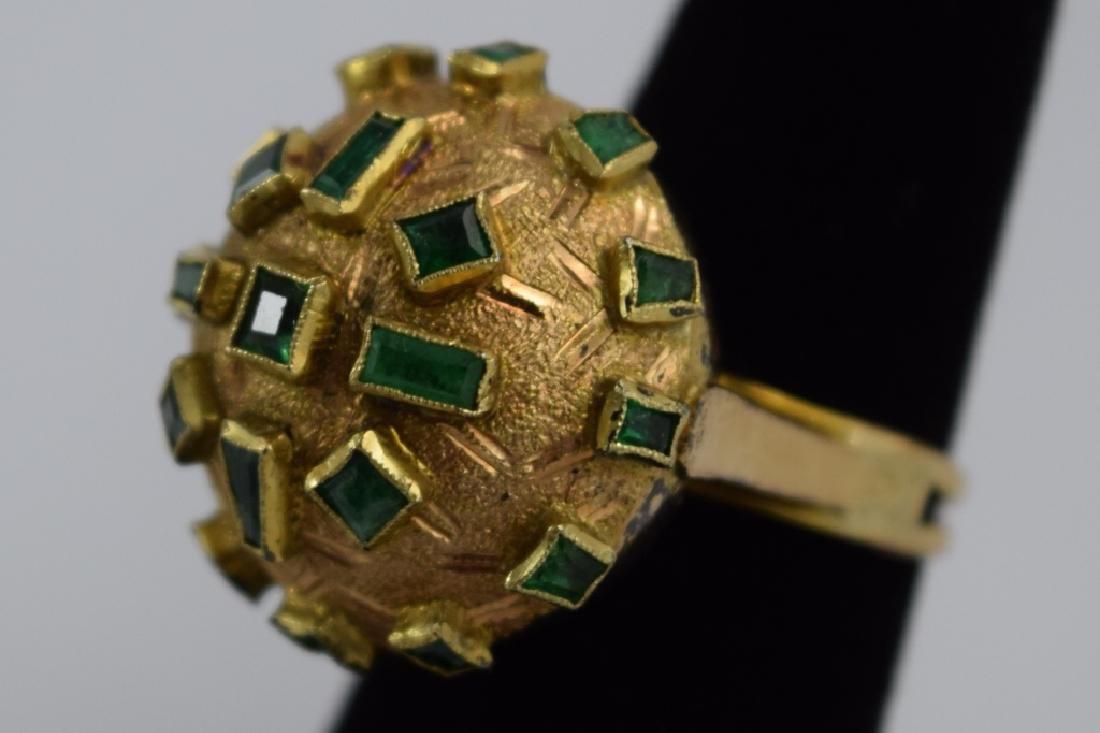 18K GOLD EMERALD BULBOUS EMERALD COCKTAIL RING - 5