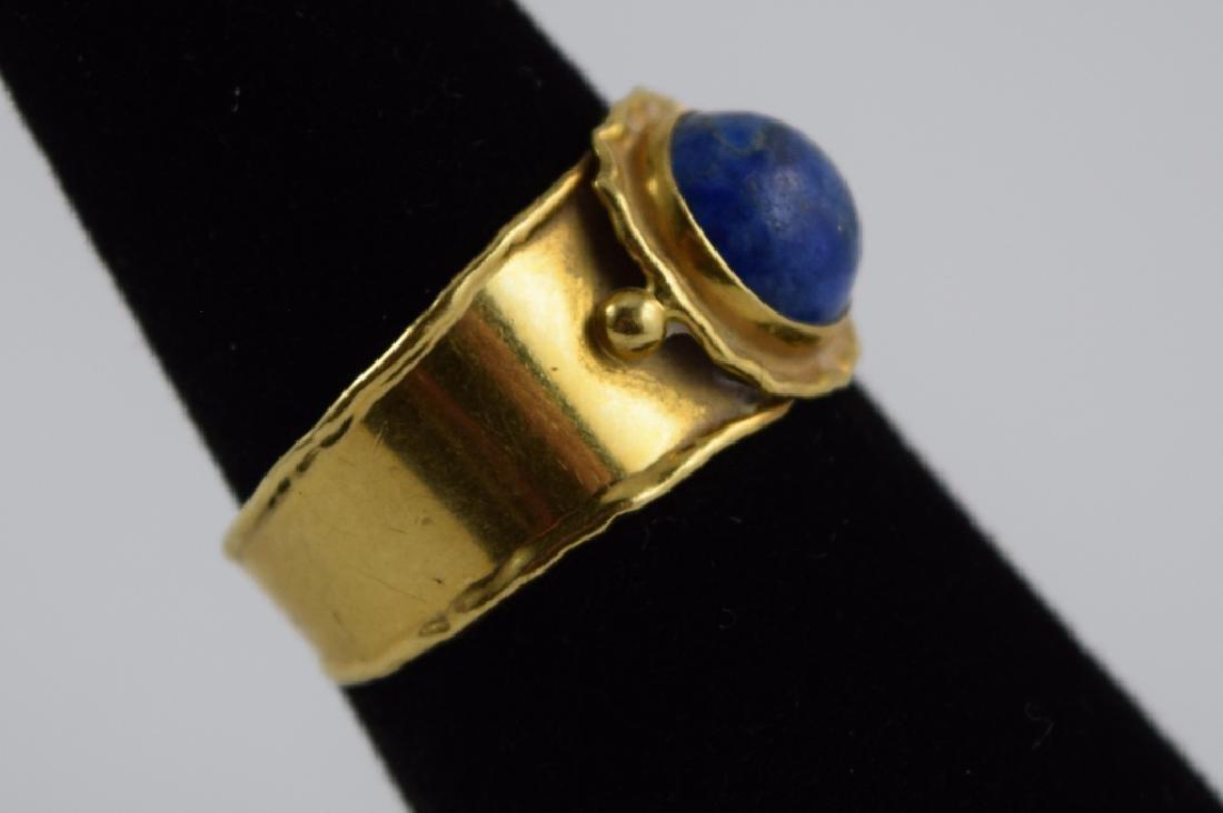 VINTAGE 18K GOLD LAPIS CABACHON ITALIAN CUFF RING - 9