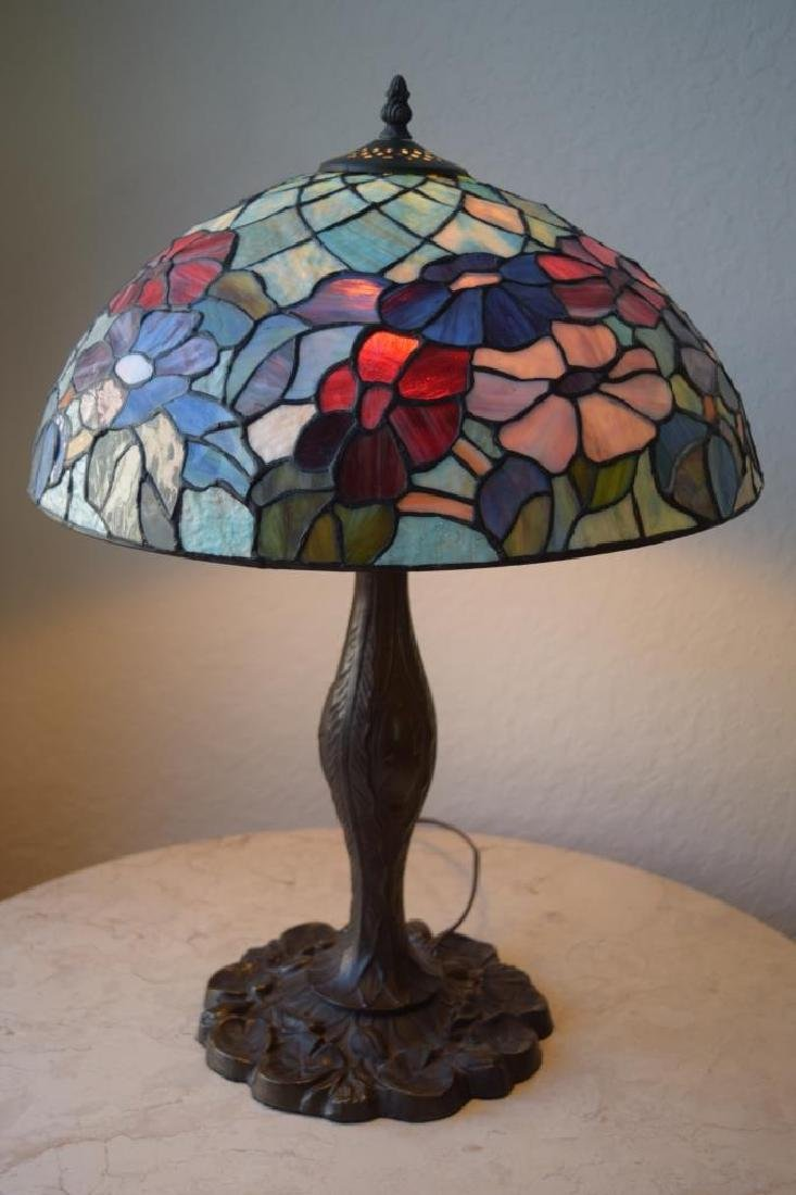 TIFFANY STYLE STAINED LEADED GLASS FLORAL LAMP - 6