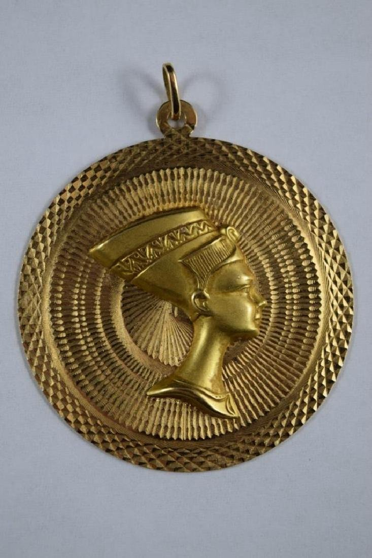18K GOLD EGYPTIAN NEFERTITI MEDALLION PENDANT