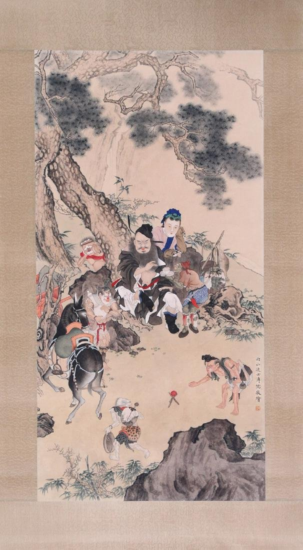 CHINESE SCROLL PAINTING OF PEOPLE UNDER PINE