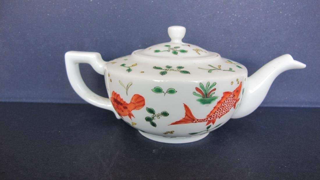 CHINESE PORCELAIN FAMILLE ROSE TEA POT - 4