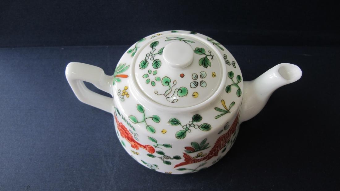 CHINESE PORCELAIN FAMILLE ROSE TEA POT - 2