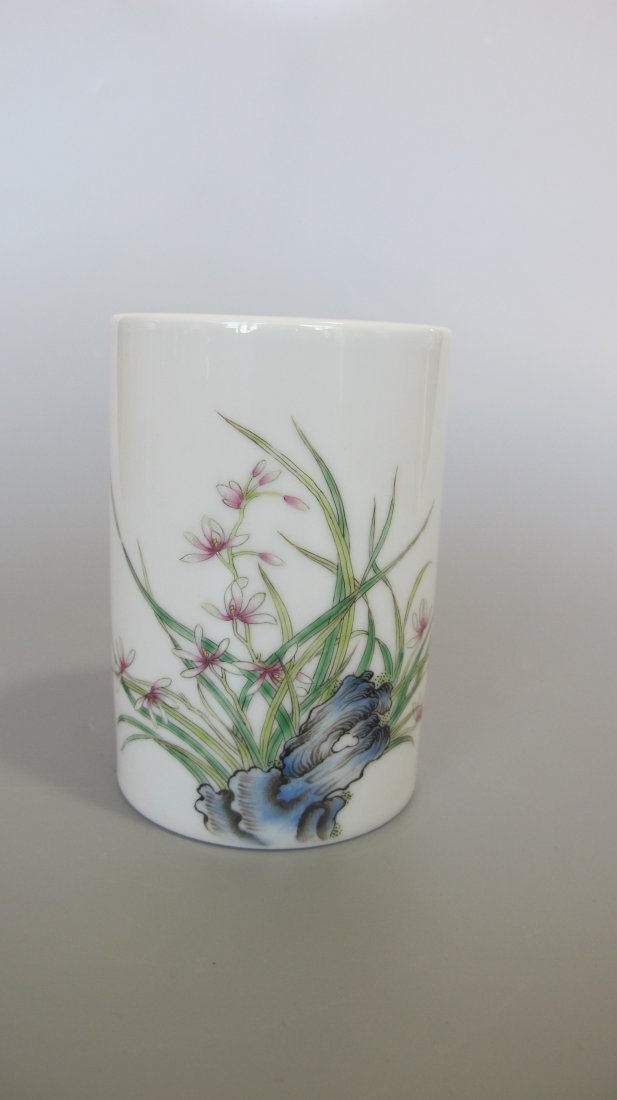 CHINESE PORCELAIN FAMILLE ROSE ORCHID BRUSH POT