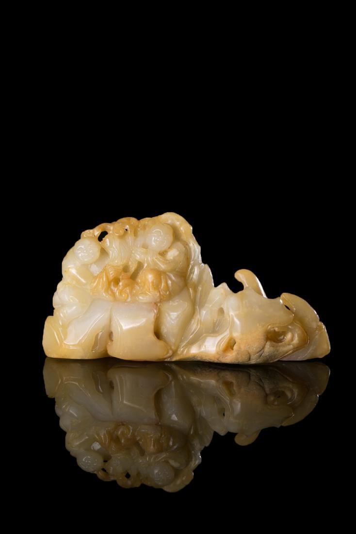 CHINESE HETIAN JADE CRAVING