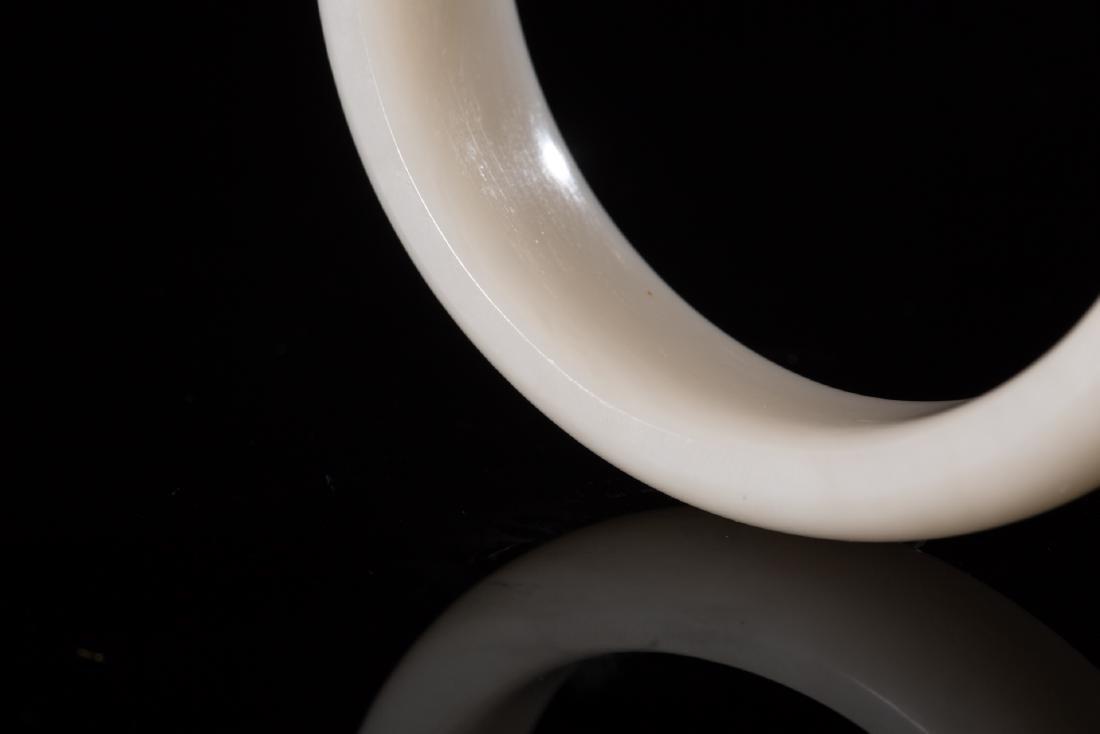 CHINESE HETIAN WHITE JADE BANGLE - 4