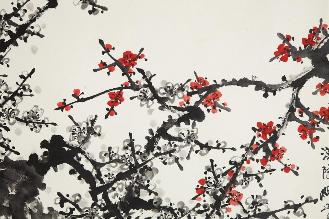 CHINESE SCROLL PAINTING OF PLUM BLOSSOMMING - 2