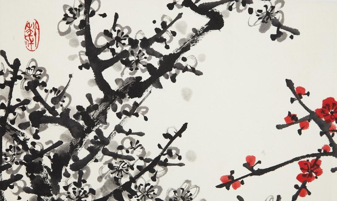 CHINESE SCROLL PAINTING OF PLUM BLOSSOMMING - 3