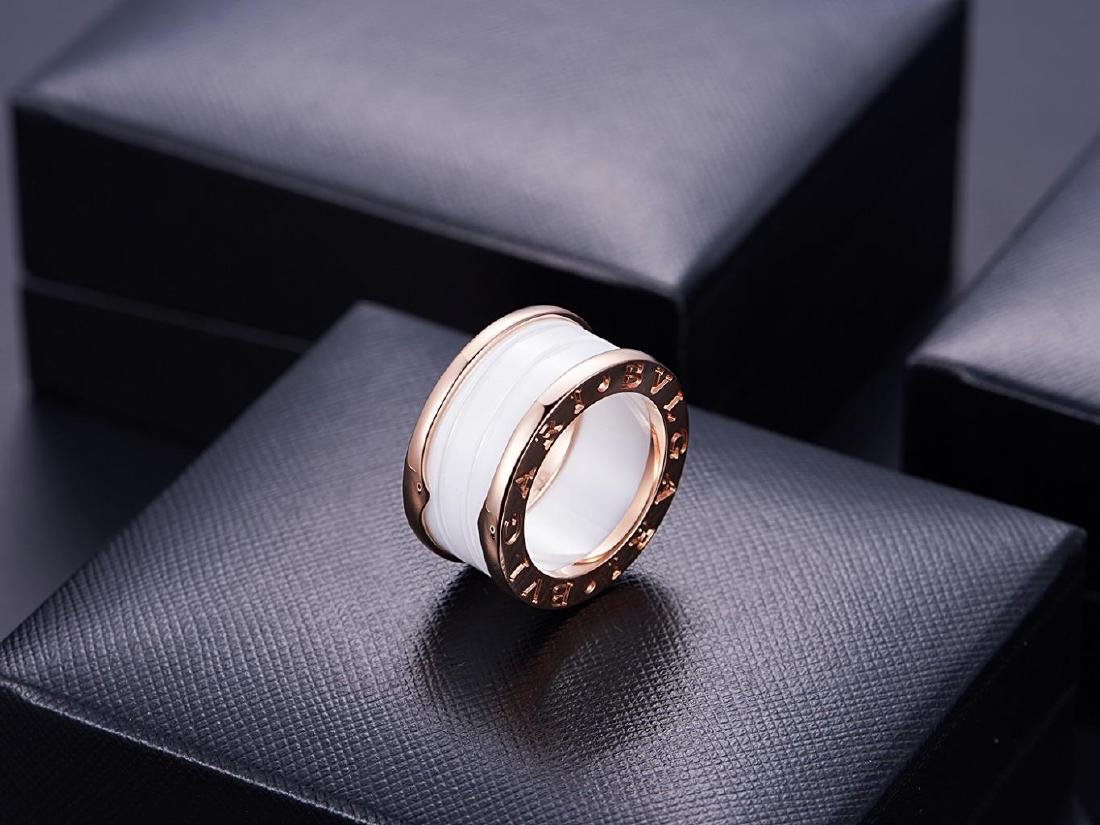 BVLGARI B ZONE1 18K ROSE GOLD WHITE CERAMIC RING