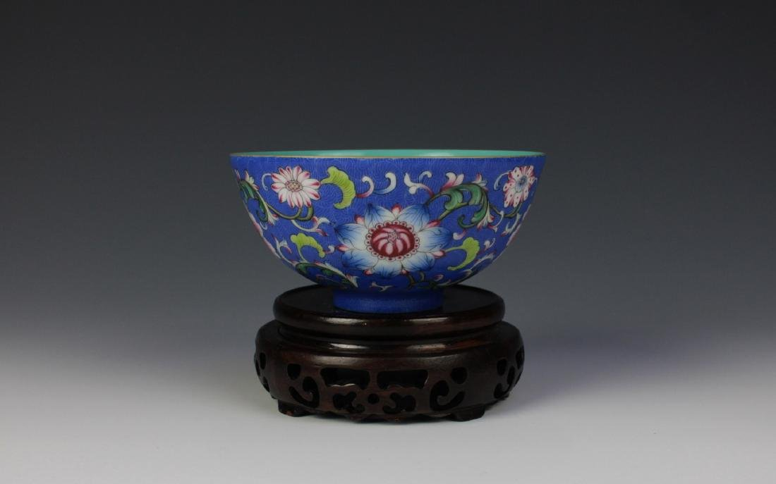CHINESE PORCELAIN BLUE GROUND ENAMEL FLOWER BOWL - 3