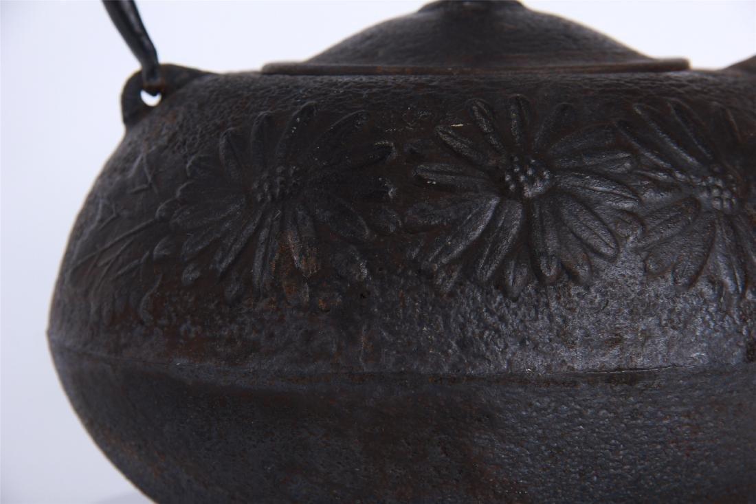 JAPANESE IRON TEA POT - 3