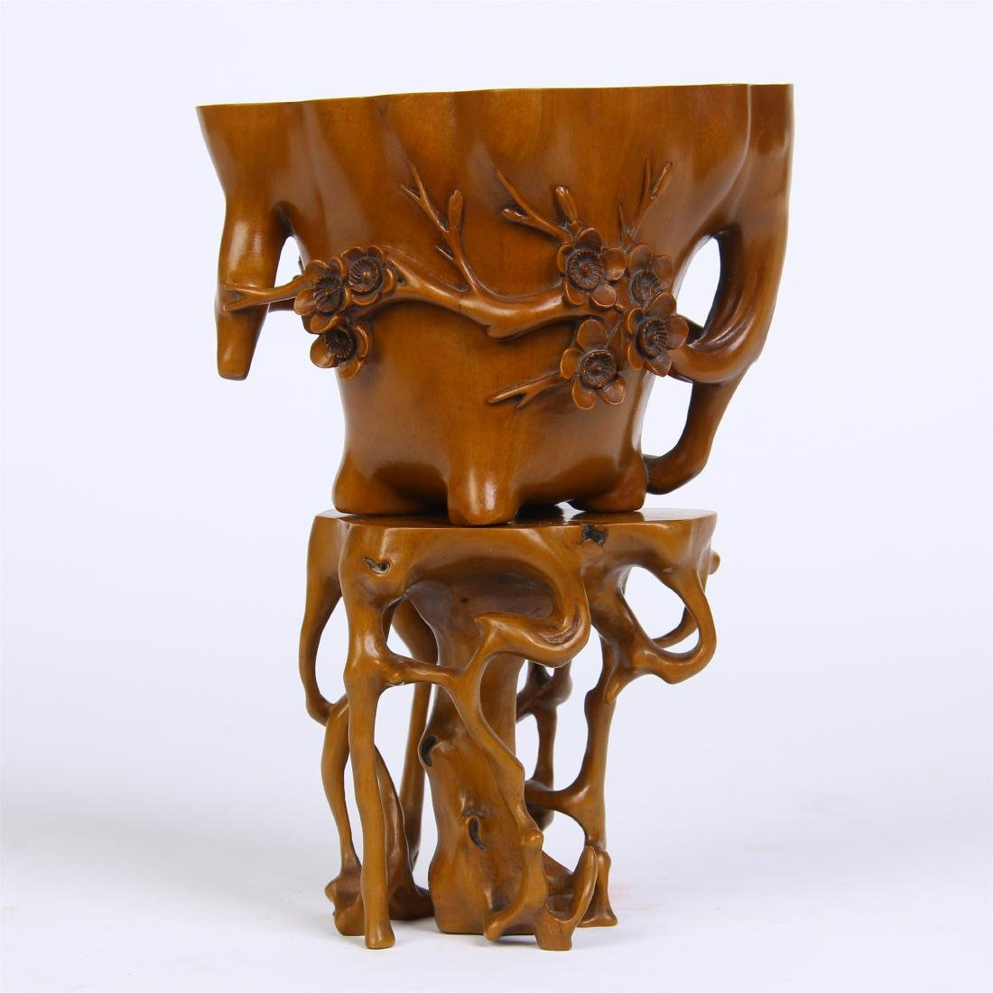 CHINESE BOXWOOD FLOWER JUE CUP WITH BASE