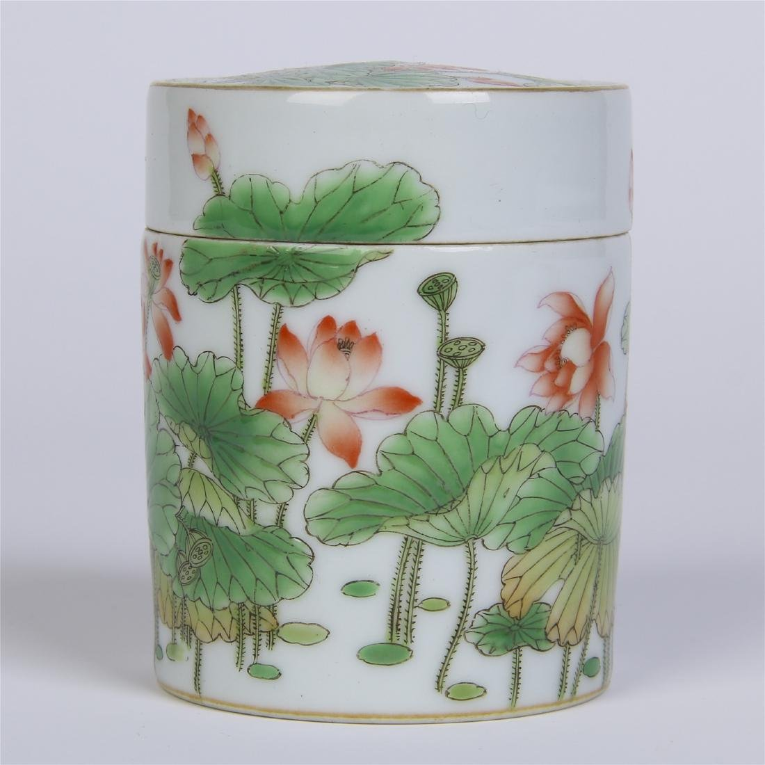 CHINESE PORCELAIN FAMILLE ROSE LOTUS LIDDED CYLINDERIAL