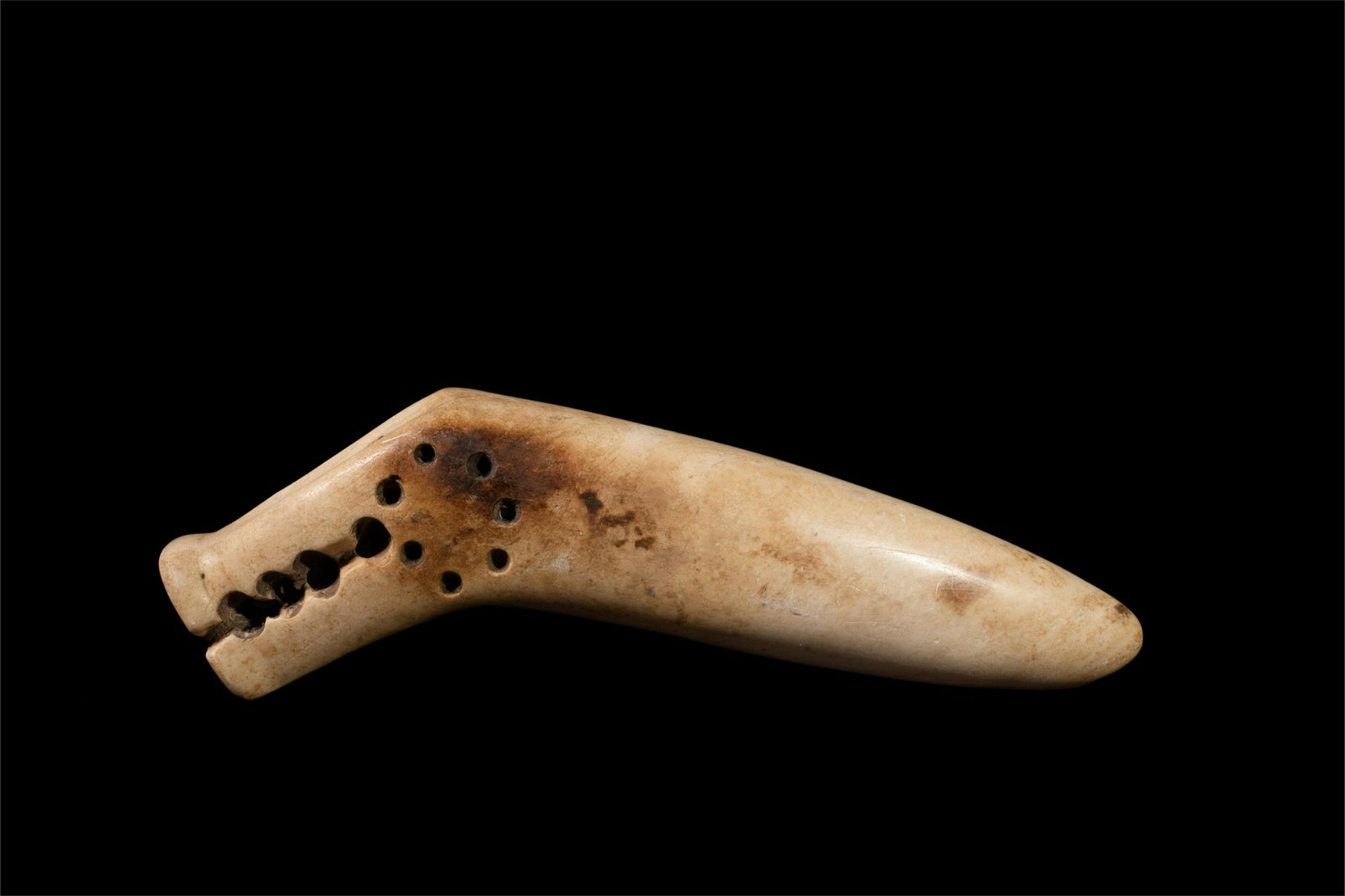 CHINESE ANCIENT JADE PENDANT