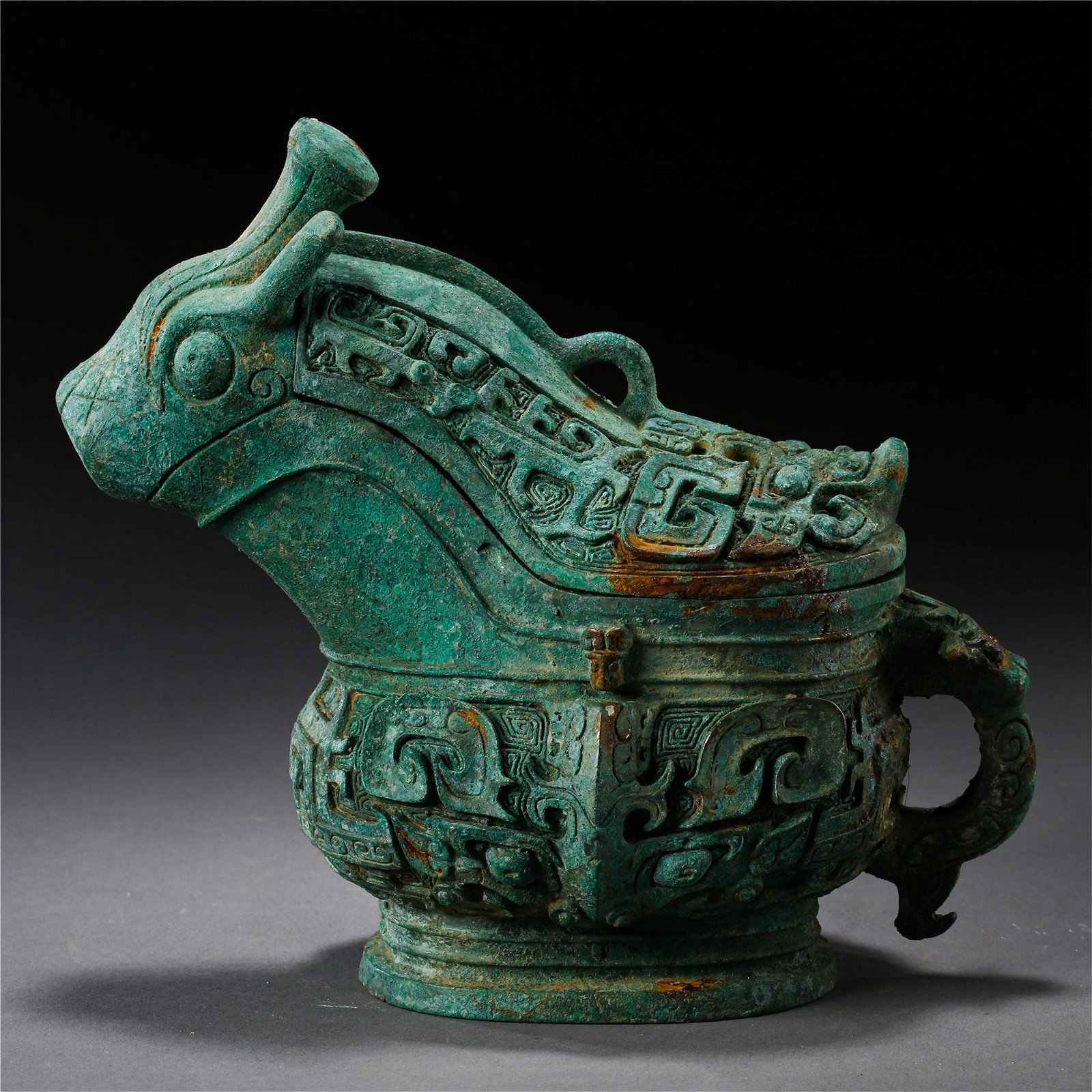 CHINESE ANCIENT BRONZE BEAST SHAPED LIDDED CENSER