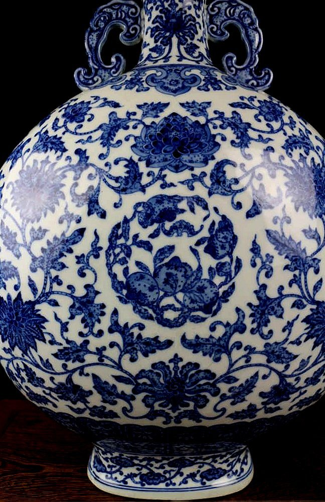 CHINESE PORCELAIN BLUE AND WHITE FLOWER MOONFLASK - 2