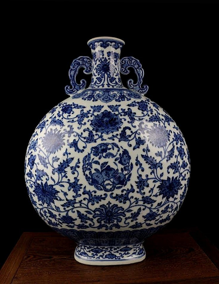 CHINESE PORCELAIN BLUE AND WHITE FLOWER MOONFLASK - 4