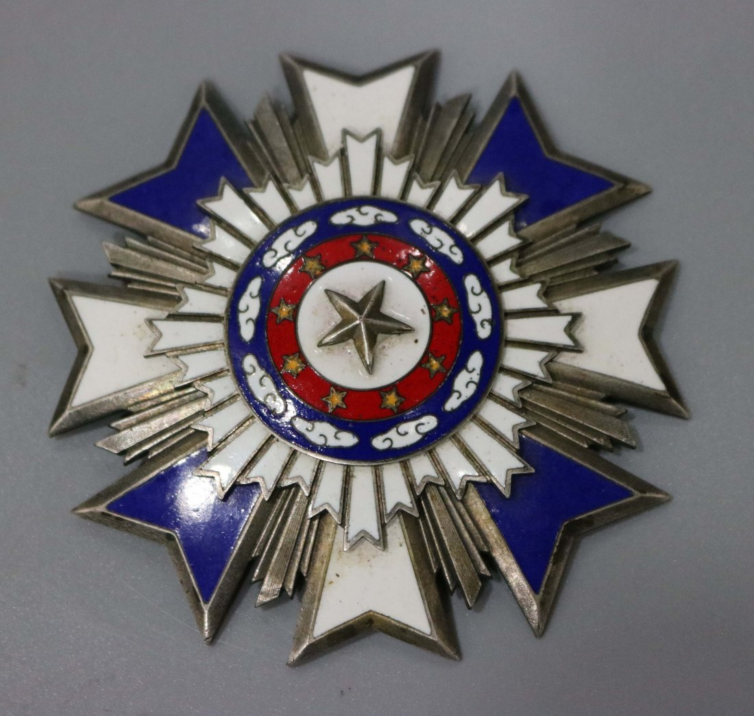 CHINESE MILITRY BADGE REPUBLIC PERIOD