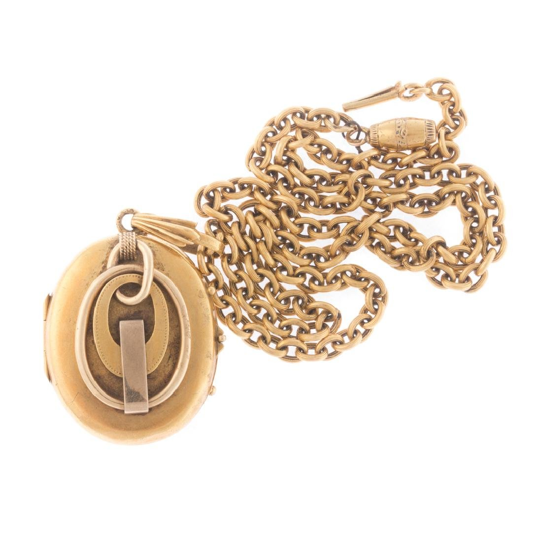 A Pair of Lockets Accompanied by Chains - 3