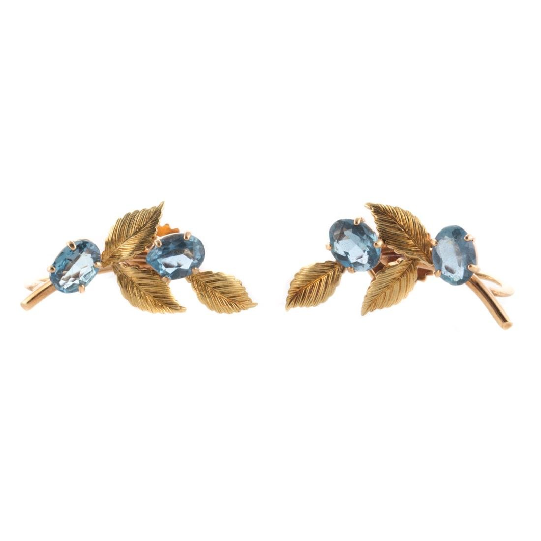 A Lady's Aquamarine Earring & Brooch Set in Gold - 4