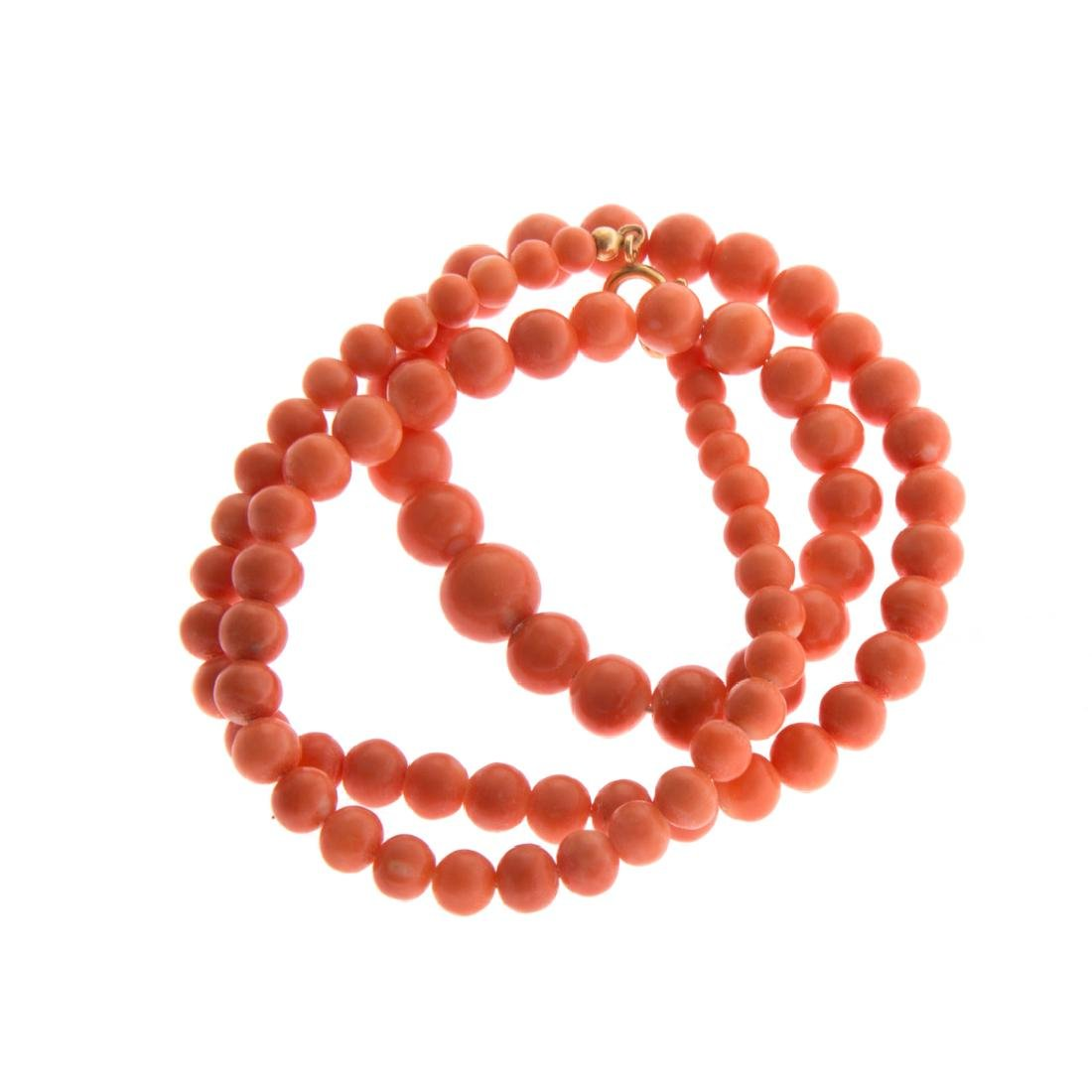 A Strand of Coral Beads and Coral Ring in Gold - 5