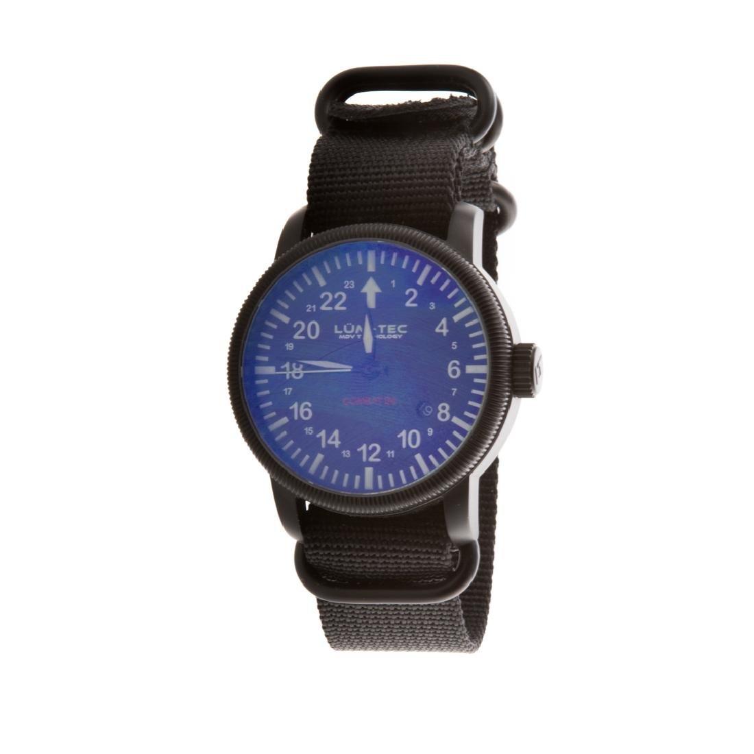 A Gent's Lum-Tec Combat B4 Wrist Watch