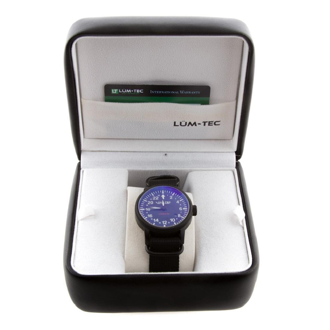 A Gent's Lum-Tec Combat B4 Wrist Watch - 2