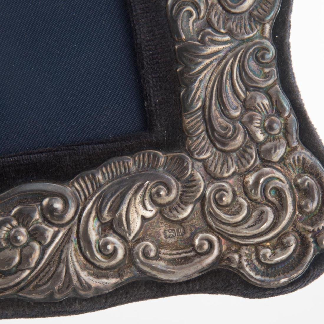 Pair of repousse sterling 5 x 7 picture frames - 4