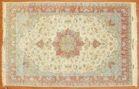 Persian Tabriz rug, approx. 6.6 x 10.10