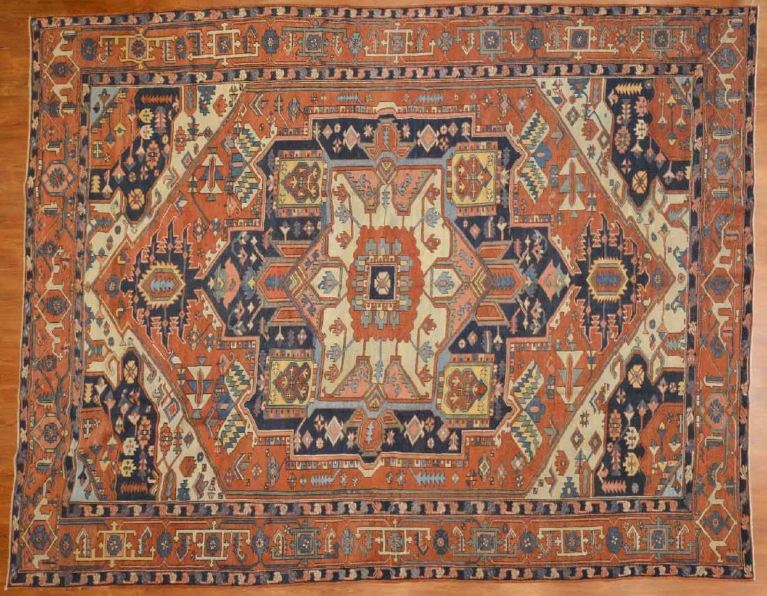 Antique Serapi carpet, approx. 9.6 x 12.4