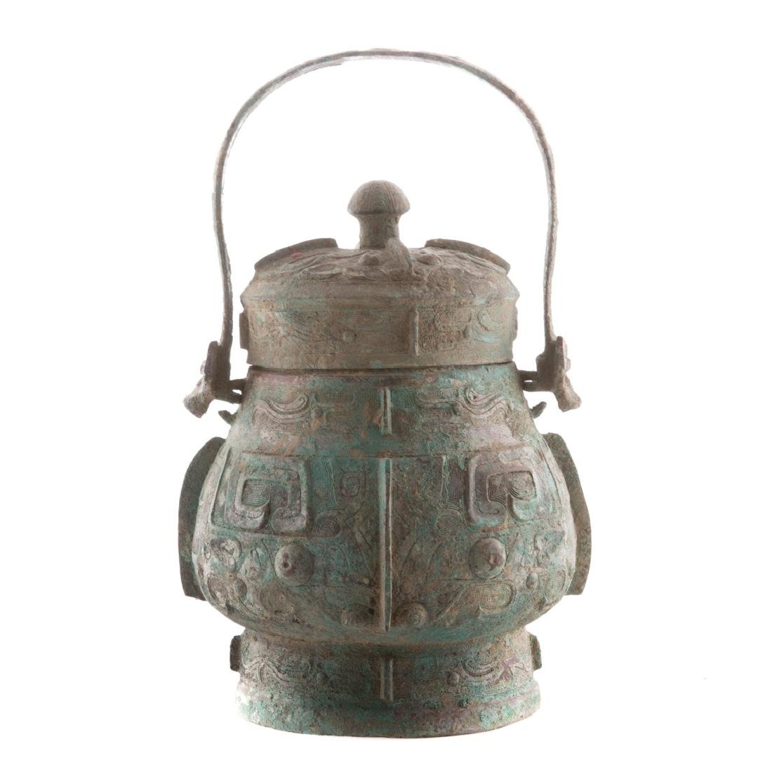 Chinese Chou style bronze vessel with handle - 3