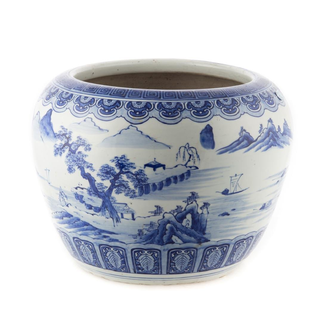 Chinese Export blue and white jardiniere - 2