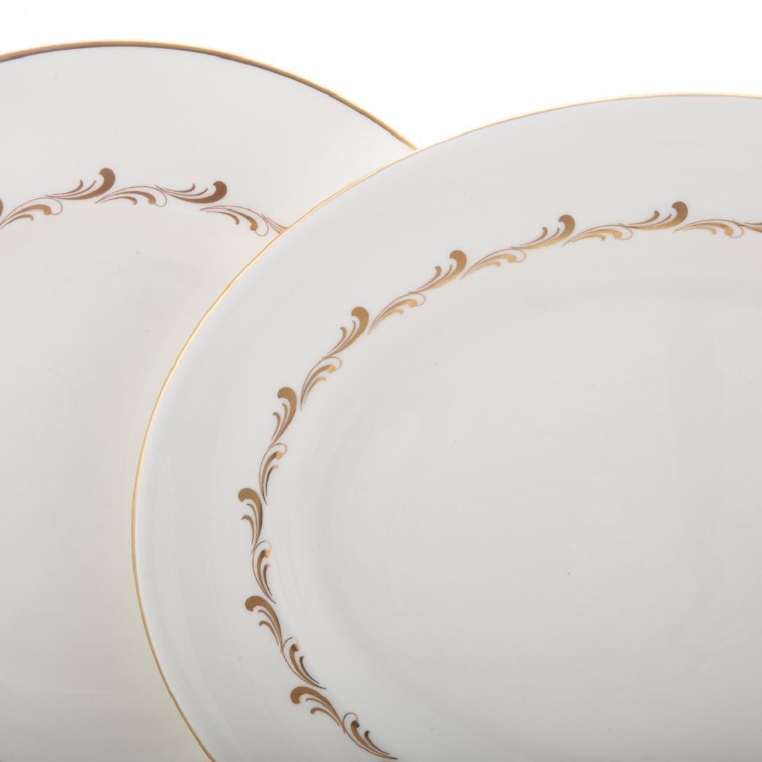 "Royal Doulton bone china ""Rondo"" service - 2"