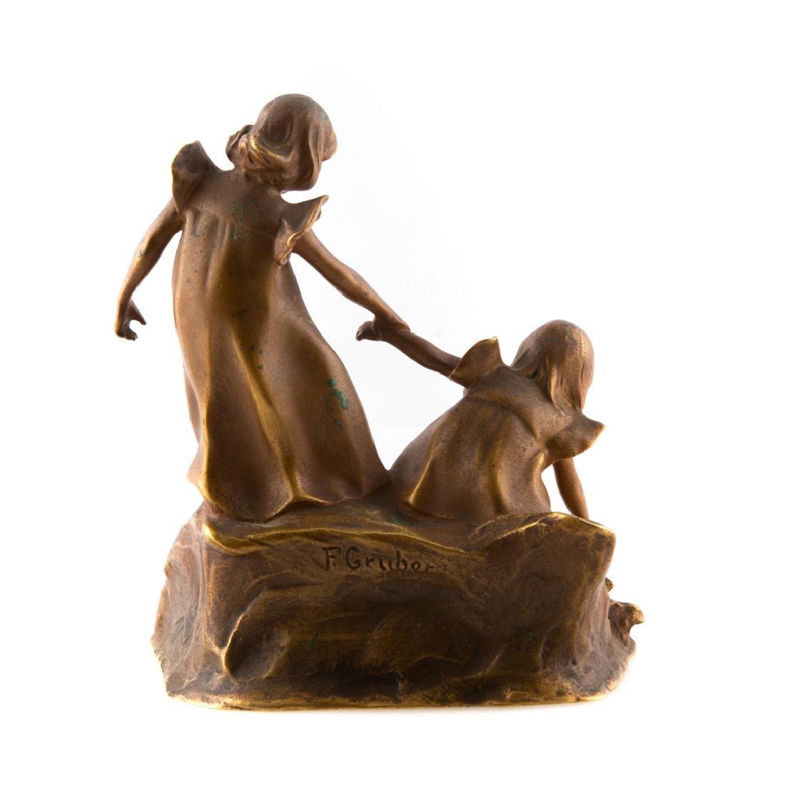 Franz Gruber. Two little girls, gilt bronze - 3