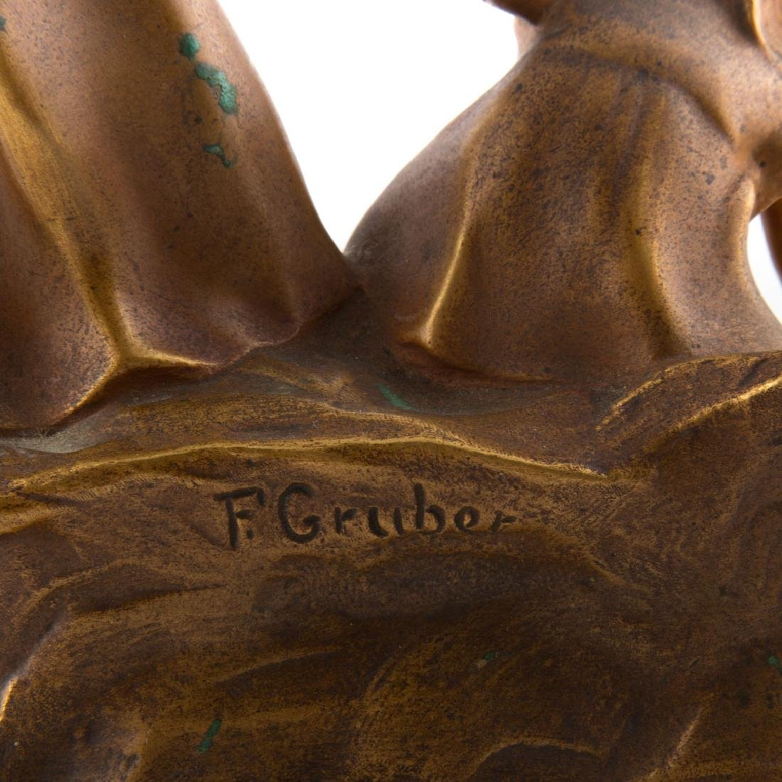 Franz Gruber. Two little girls, gilt bronze - 4