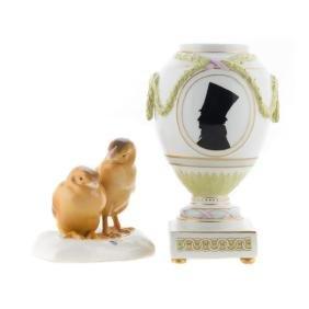 KPM porcelain urn and Nymphenburg chicks