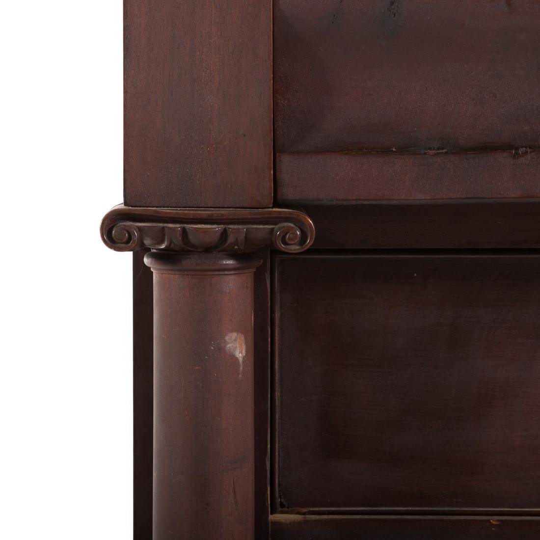 Classical Revival mahogany chest of drawers - 2